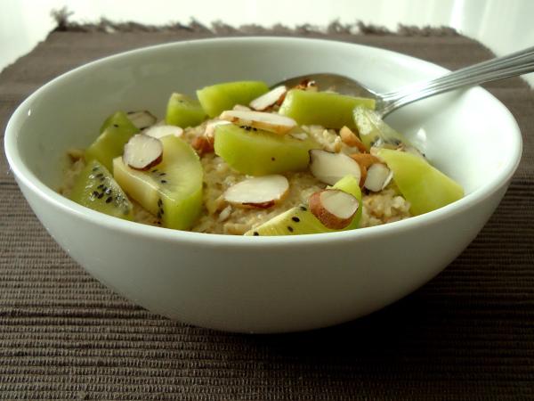 Compassionate Cuisine - Receitas vegetarianas - 5 Ideias para o pequeno-almoço com aveia cortada