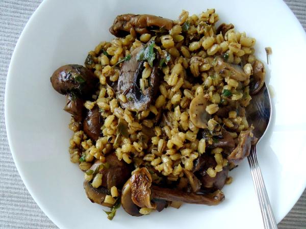 Compassionate Cuisine - Receitas vegetarianas - Estufado de cogumelos com cevada