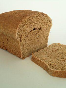 Pão caseiro de farinha de trigo integral - Receita Vegetariana