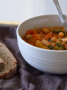 Estufado de feijão com vegetais - Receita Vegetariana