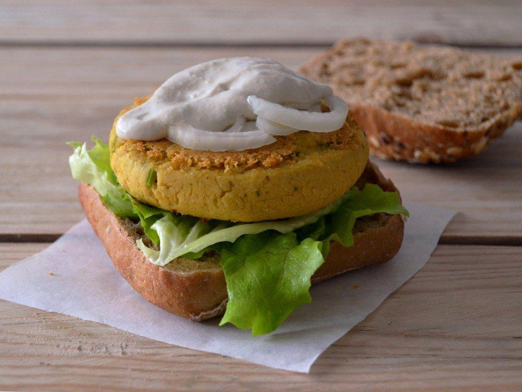 Compassionate Cuisine - Receitas vegetarianas - Hambúrgueres de grão-de-bico e caril