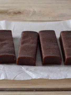 Barritas de chocolate e amêndoa que não precisam de ir ao forno - Receita Vegetariana