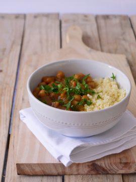 Estufado Marroquino de Grão-de-Bico - Compassionate Cuisine - Receitas Vegetarianas