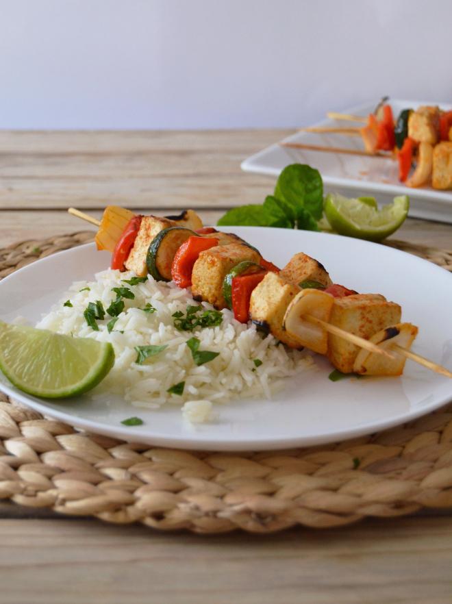 Compassionate Cuisine - Receitas vegetarianas - Espetadas de tofu e vegetais