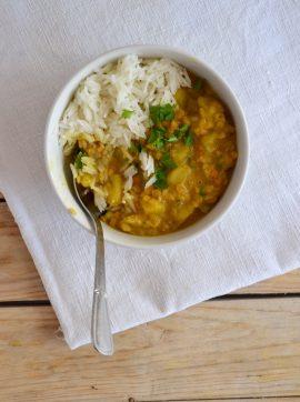 Caril de lentilhas e batata-doce com leite de coco - Receita Vegetariana