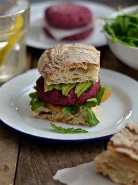 Hambúrgueres de beterraba - Receita Vegetariana