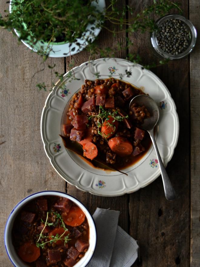 Compassionate Cuisine - Receitas vegetarianas - Estufado de lentilhas e beterraba