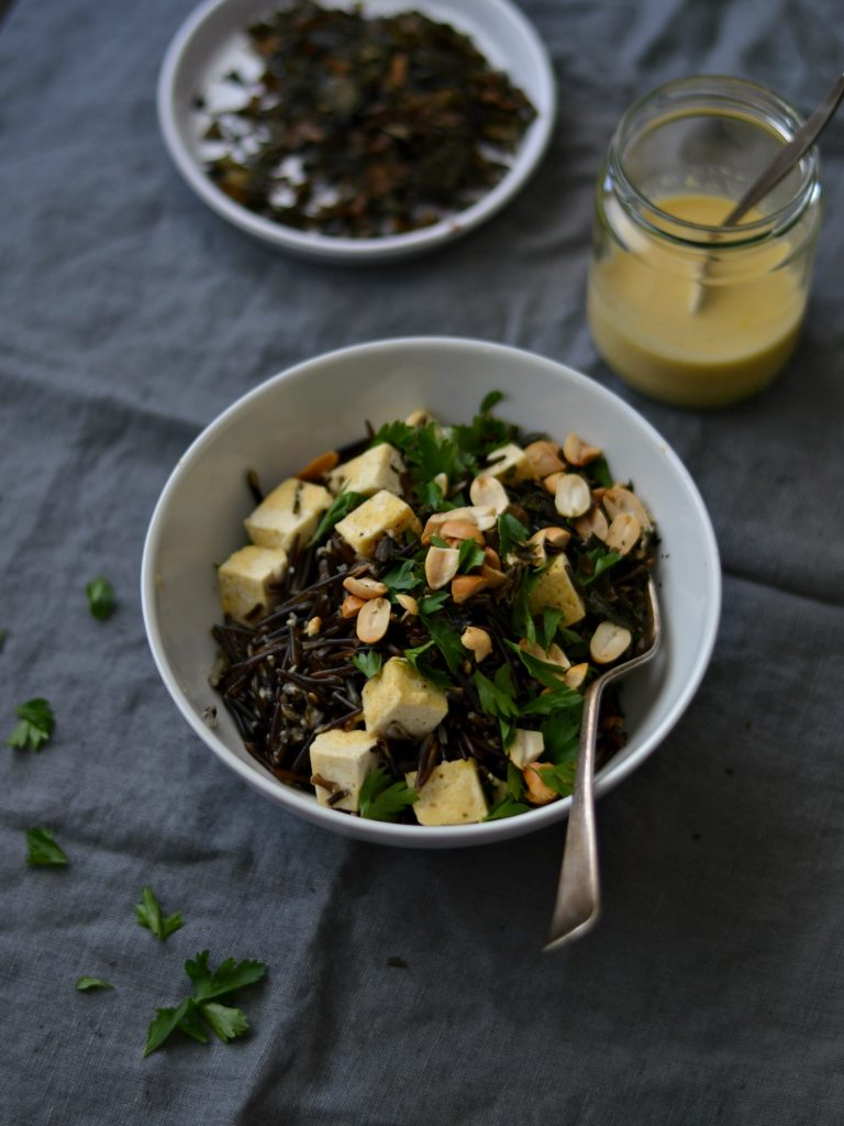 Compassionate Cuisine - Receitas vegetarianas - Arroz Selvagem com Algas Tostadas e Tofu
