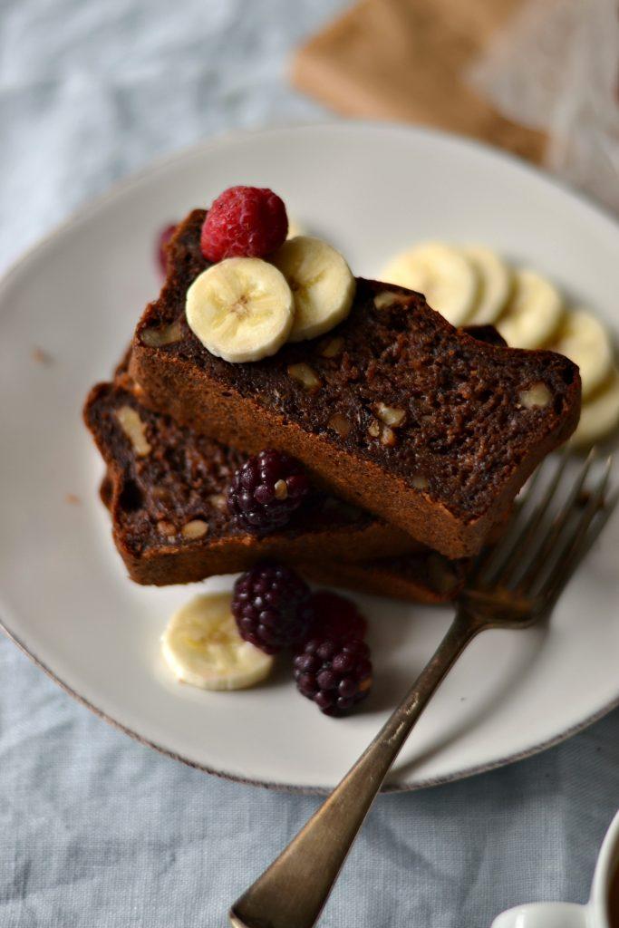 Compassionate Cuisine - Receitas vegetarianas - Bolo de Banana, Nozes e Chocolate