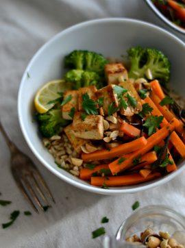 Salada de cenoura e algas, com molho de gengibre e lima - Receita Vegetariana