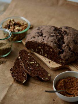 Pão de Centeio, Alfarroba e Nozes - Receita Vegetariana