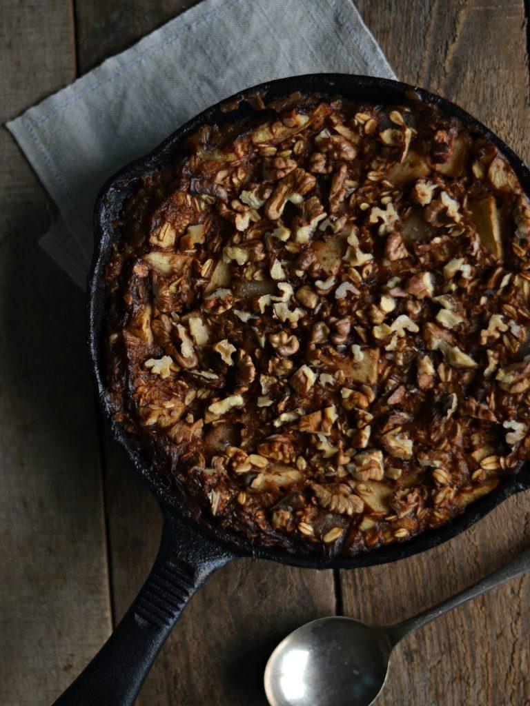 Compassionate Cuisine - Receitas vegetarianas - Aveia no forno com maçã, pêra e nozes