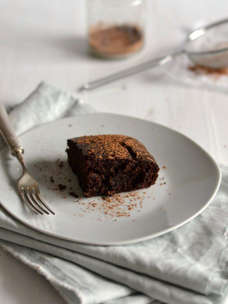 Compassionate Cuisine - Receitas vegetarianas - Brownies de beterraba e chocolate + aniversário do blog!