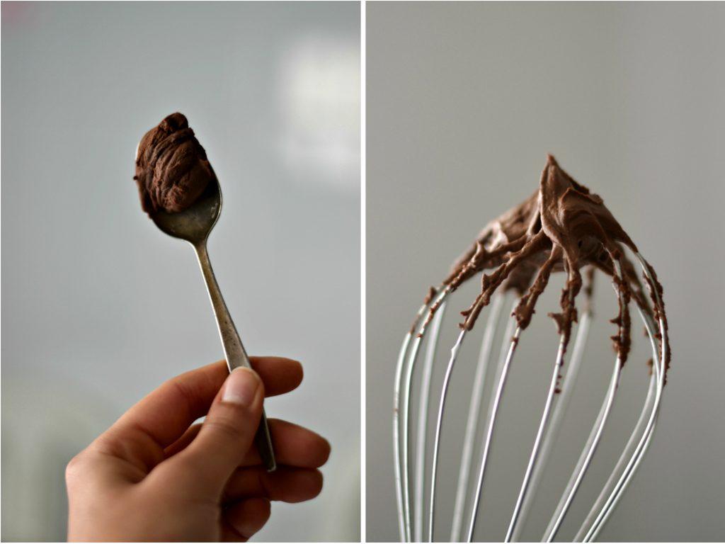 Bolo de chocolate Vegan com cobertura de mousse - Compassionate Cuisine - Receitas Vegetarianas