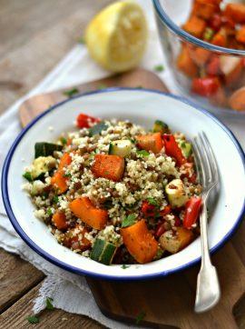 Salada de lentilhas e abóbora e curgete assadas - Receita Vegetariana