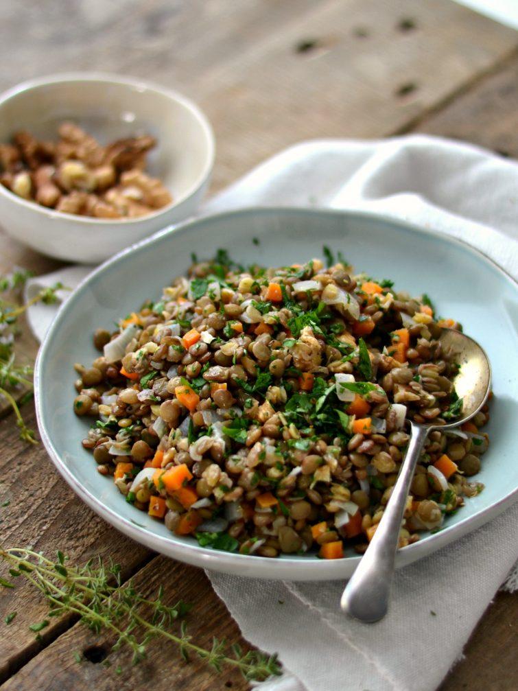 Salada de lentilhas e nozes