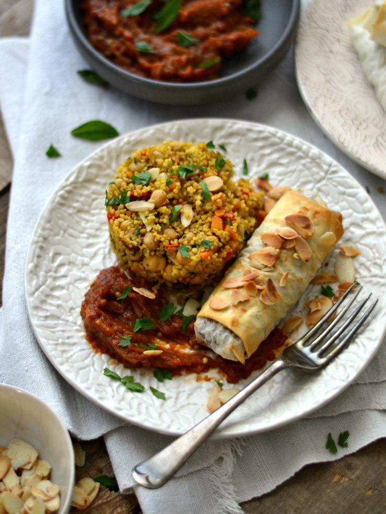Cuscuz de legumes + Folhado de batata-doce, lentilhas e amêndoa